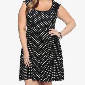 Torrid Black & White Polka Dot Skater Dress Size 1